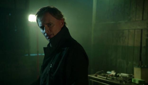 Robert Carlyle as Rumplestiltskin/Detective Weaver (via eonline.com)