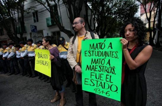Por qué protestan los profesores en México