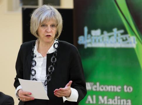 Theresa May visits Al Madina Mosque | Image - UK Home Office | CC X 2,0 | Flickr