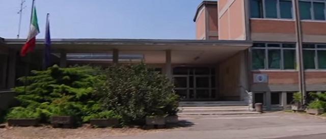 Un istituto scolastico, presto lezioni al via