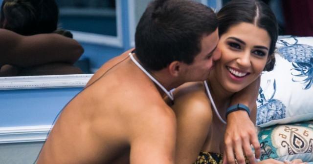 Manoel e Vivian confirmam término de namoro