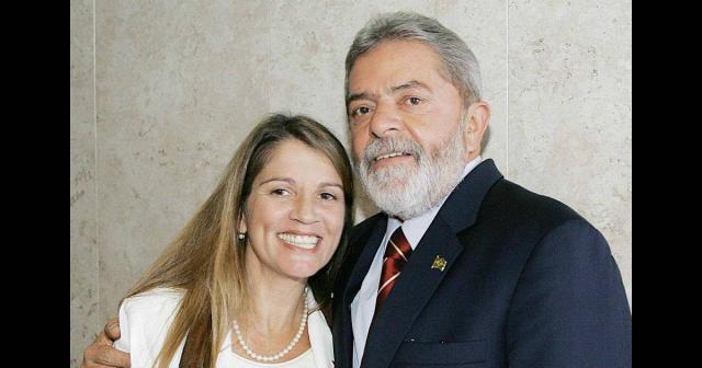 Tássia Camargo é defensora do ex-presidente Lula