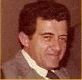R González