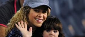 Shakira en Barcelona con Milán su primogénito
