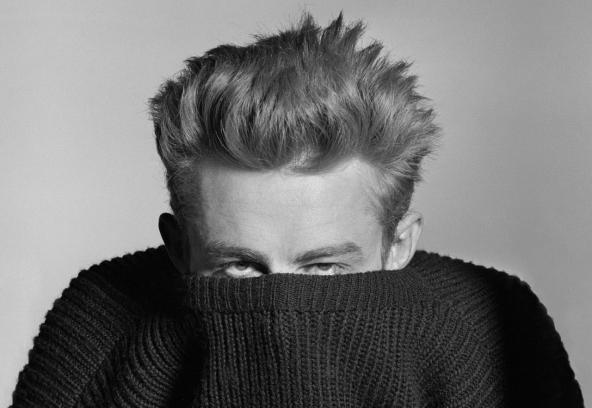 El actor James Dean en una de sus míticas fotos