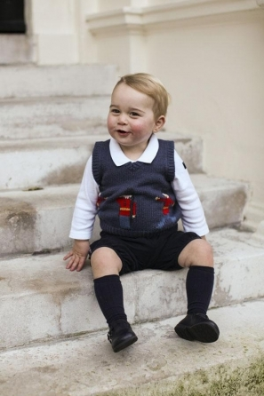 Il Principe George è cresciuto: le foto di Natale