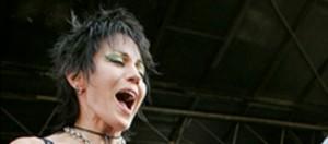 Joan Jett sarà la voce dei Nirvana per la RnRHoF