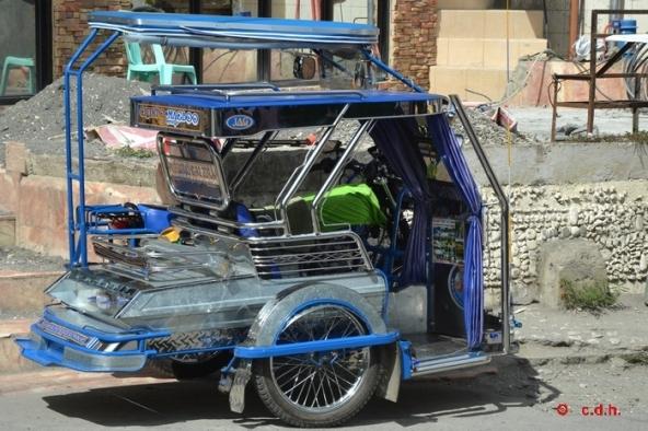 Superbe tricycle à Sebang Puerto Galera.