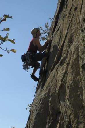 L'escalade demeure un sport dangereux.