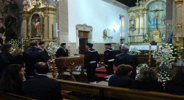 Guarda de honra ao corpo-Igreja de Belinho