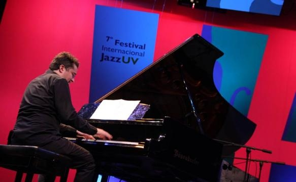 Alez Mercado: pianista de Gerry López Cuarteto