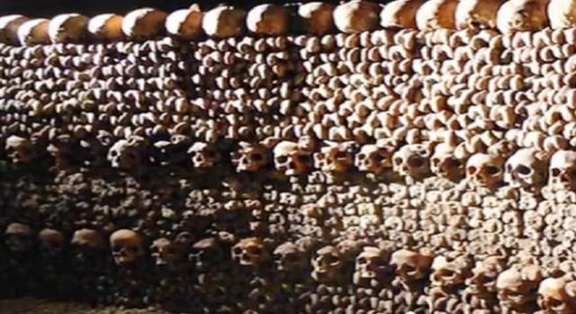 Captura de pantalla Catacumbas de Paris
