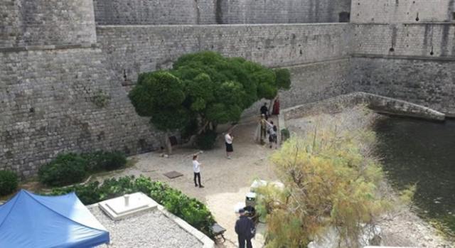 Lena Headey grabando en la muralla de Dubrovnik 2