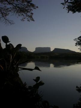 Los paisajes en Canaima intimidan a cualquiera.