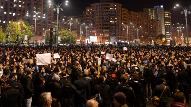 20,000 people protesting last night in Bucharest