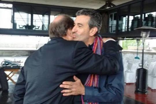 El saludo de la polémica, Sanz y Randazzo