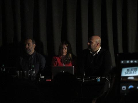 Los directivos y su moderador durante el seminario