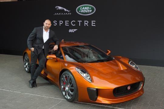 El caramelito de Spectre, Jaguar C-X75