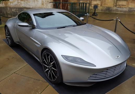 La nueva joya de Aston Martin para Bond, el DB10