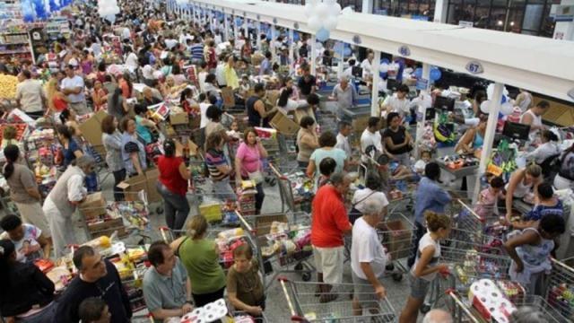 Uruguaios invadem o comércio de S.Livramento