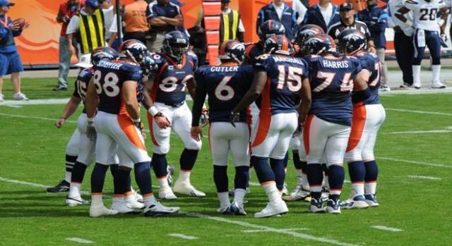 Broncos vs the Steelers in NFL Week 15/Wikimedia