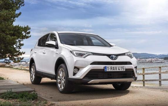 La nuova Toyota Rav4 Hybrid nella strategia 2020