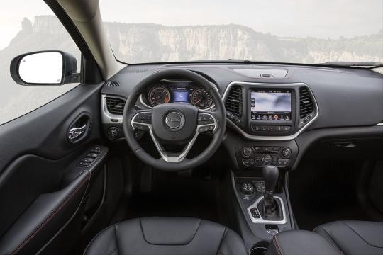 la nuova serie speciale di Jeep interni
