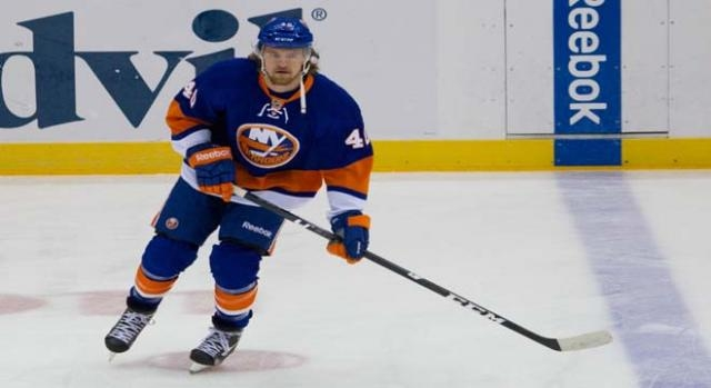 New York Islanders' Grabner led with first score.