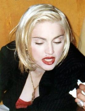Madonna, com um look que volta a estar na moda