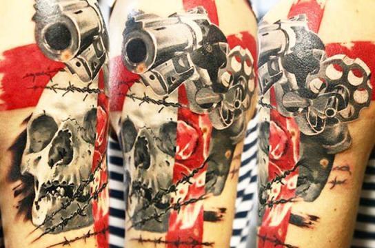 Uma ótima tatuagem depende dos cuidados do cliente