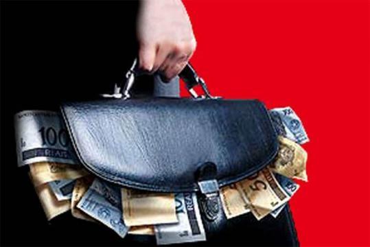 Pacote Anticorrupção e uma lei sancionada.