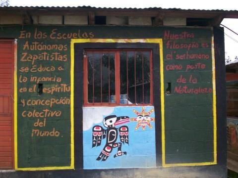 Escuela Zapatista donde van los niños zapatistas
