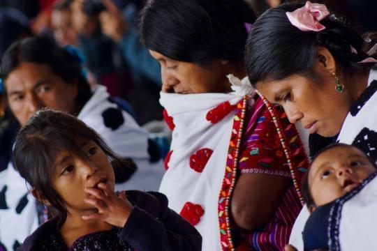 Mujeres Zapatistas en juntas del buen gobierno