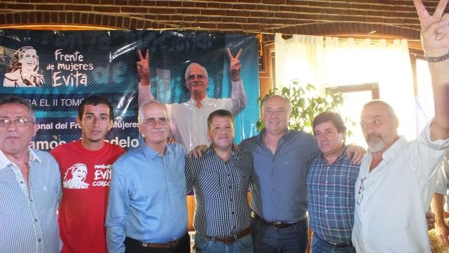 Taiana con Accastello y candidatos a intendentes