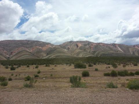 Vista de las montañas camino a Yaví