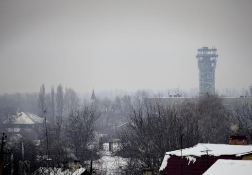 Vista do aeroporto a partir de Donetsk, depois