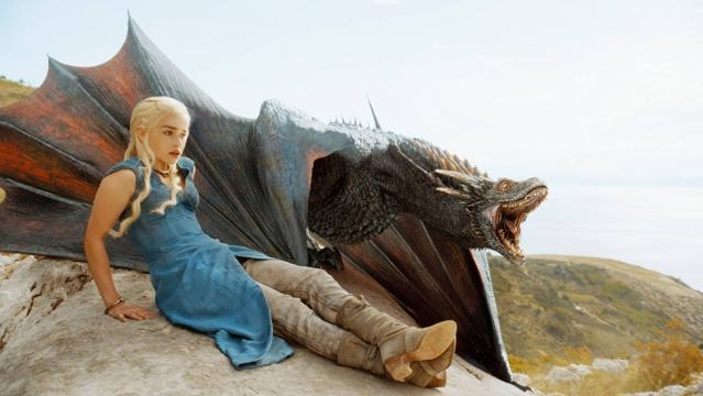 Daenerus Targarien llamada madre de Dragones
