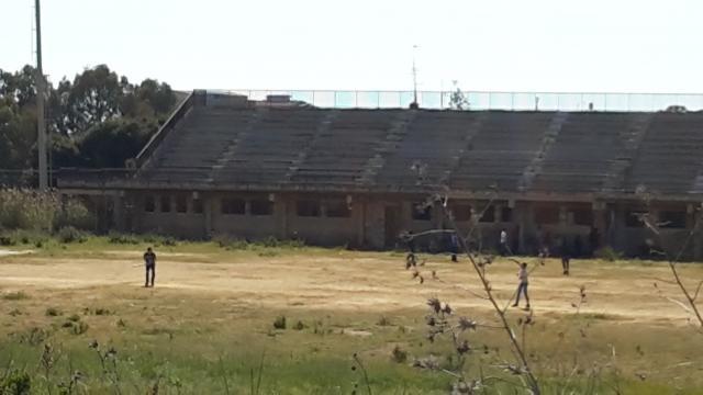 La struttura del Villaggio Mosè ormai abbandonata