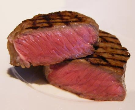 Carne mal passada causou surto de toxoplasmose