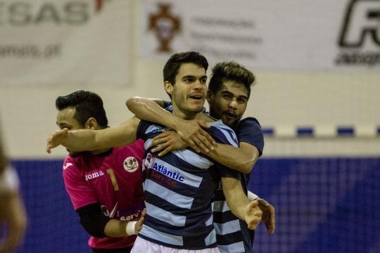 Burinhosa venceu o Cascais 5-2.