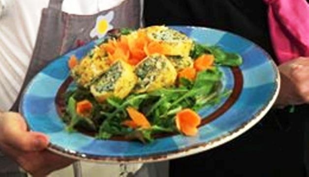 Rotoli di uova e carote farciti