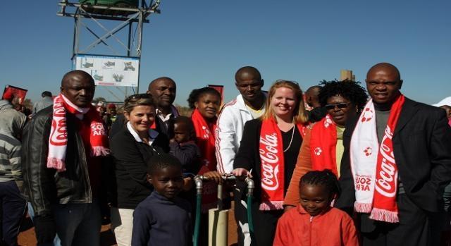 Coca Cola accusata di prosciugare acqua in Africa