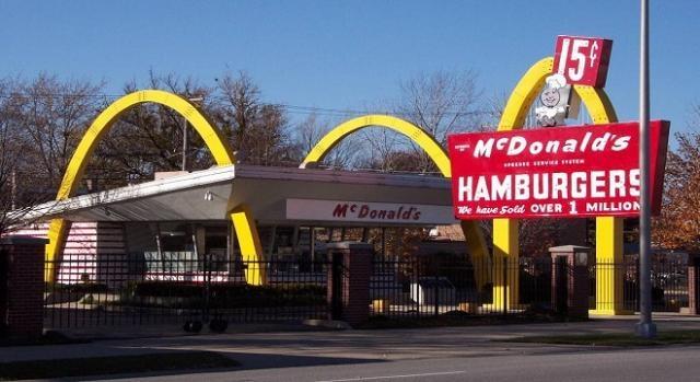 McDonald all'Expo 2015 con ormoni nella carne