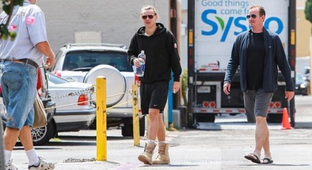 Harry bastante mais diurno do que o amigo Louis