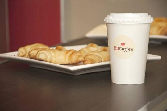 Un clásico: medialunas con café