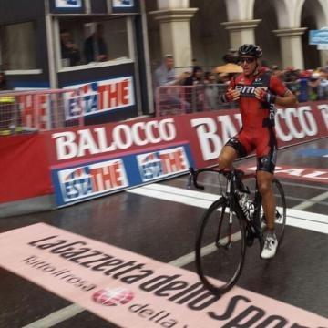 Philippe Gilbert remporte la 12e étape du Giro !
