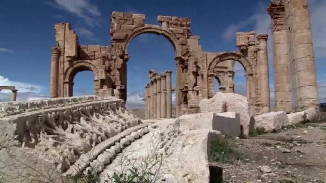 Monumentos de Ramadi são destruídos
