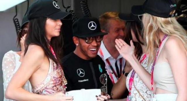 No fim-de-semana, Kendall com Lewis na Fórmula 1