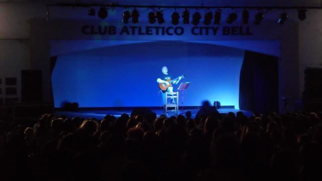 Fotos de Ramiro Laterza del recital de Pescetti10