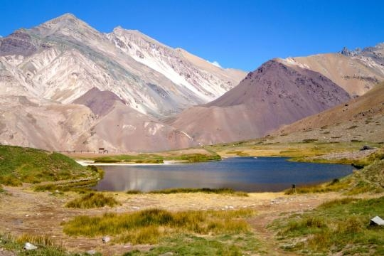 Laguna de Horcones en el Aconcagua